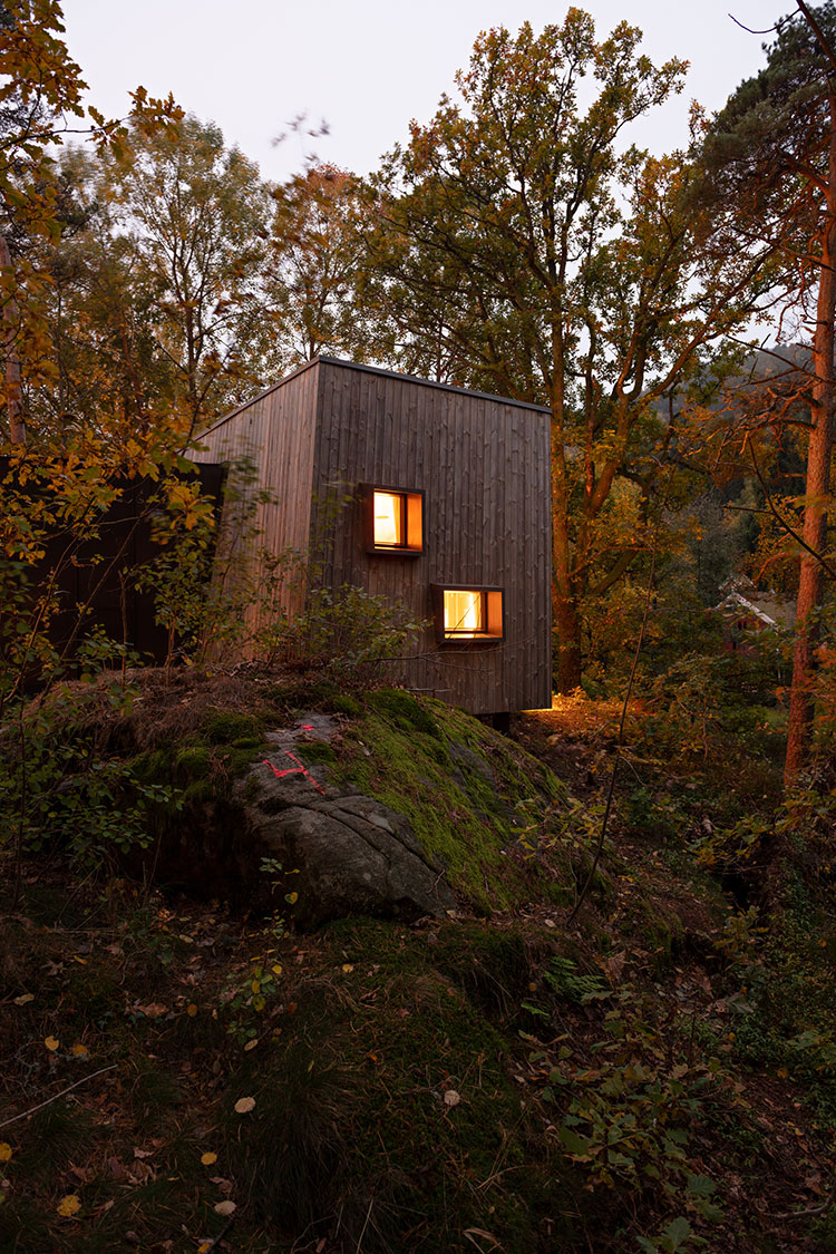 Peaceful Outdoor Care Retreat by Snøhetta